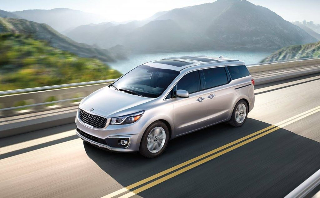 Kia Carnival Driving Shot